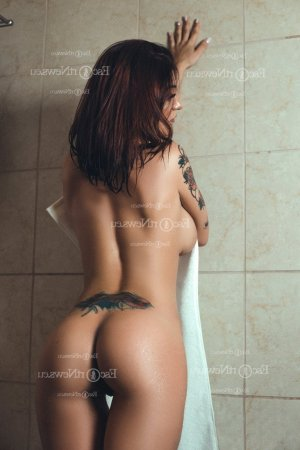 Elea erotic massage in Fort Thomas